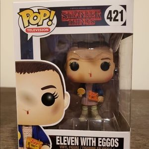 Stranger Things - Eleven With Eggos #421